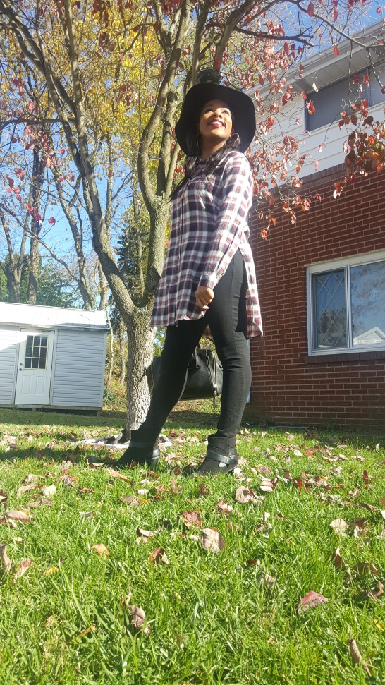 ootd-floppy-hat-and-flannel